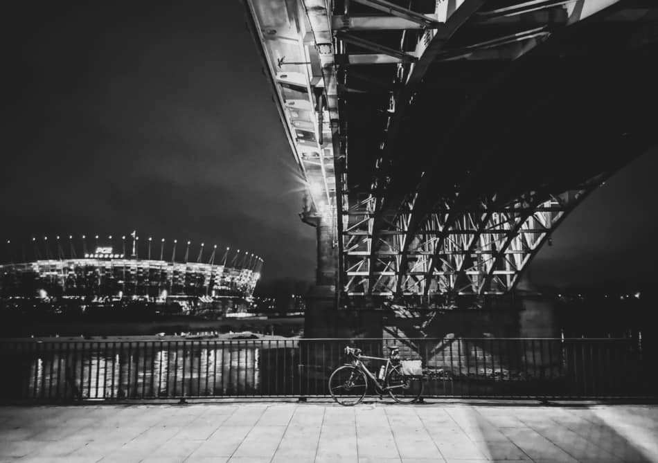 bike-commute-night-under-bridge